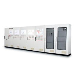 Силовые шкафы станции управления двигателями.